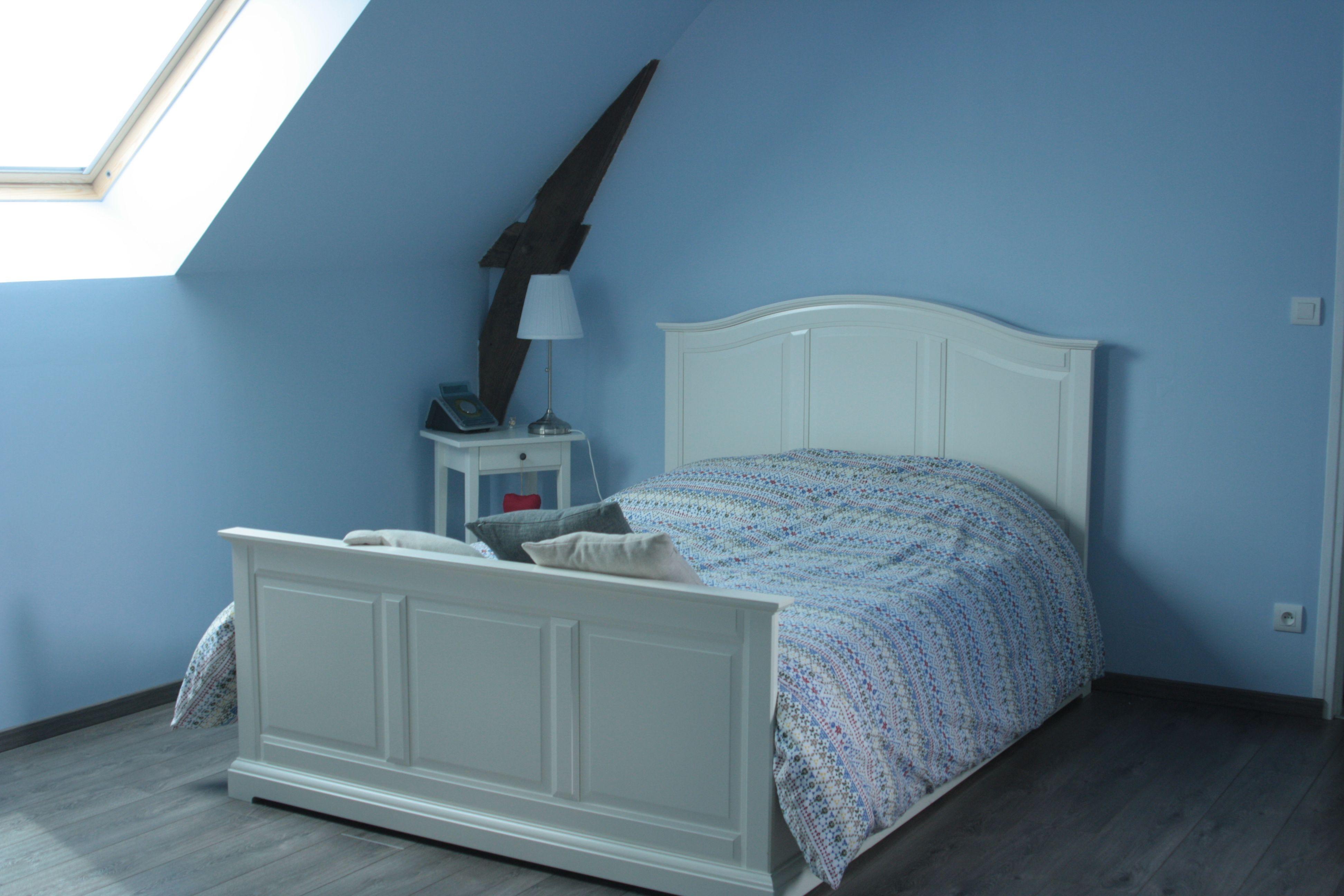 chambre bleue nuit chambre bleue nuit chambre bleue 1 nuit pour 2 personnes une chambre bleue. Black Bedroom Furniture Sets. Home Design Ideas